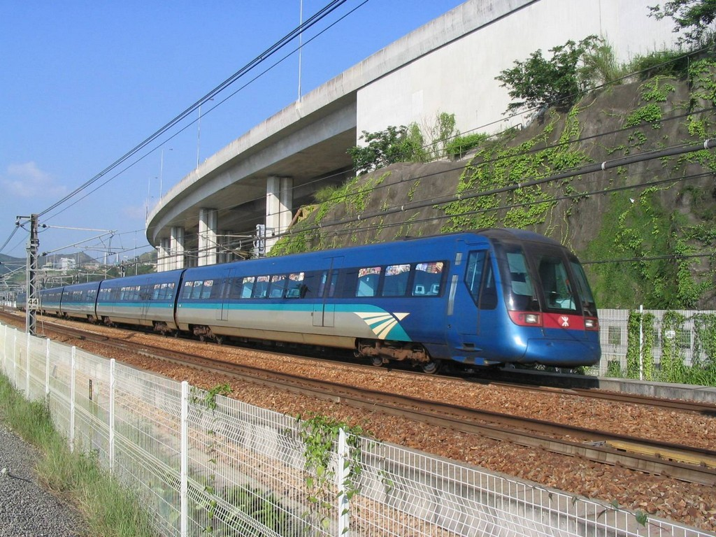 arex_express_line_train- best way to travel to central seoul1