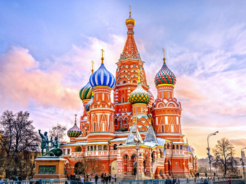 St. Basil, Moscow church-1 famous churches in europe beautiful churches in europe