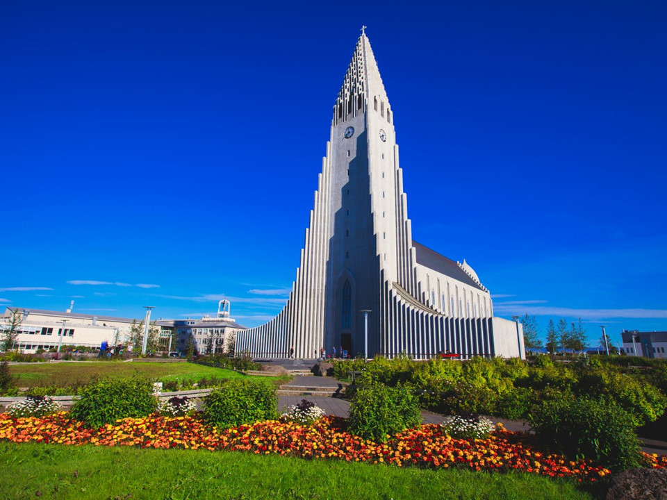 Hallgrimskirkja Church Iceland-5