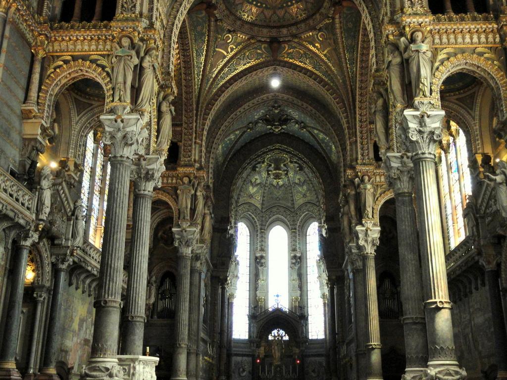 Notre-Dame de Fourvière, Lyon, France-14