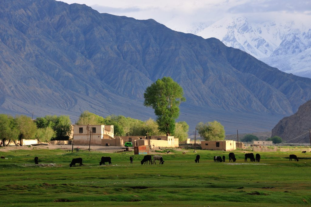 Tashkurgan_Xinjiang travel blog china (1)