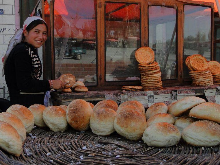 fresh bread Photo by: xinjiang travel itinerary blog.