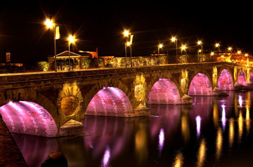 Pont Neuf famous bridges in Paris