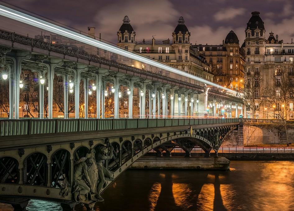 Pont de Bir-Hakeim famous bridge in paris history of bridges in paris padlock bridge paris