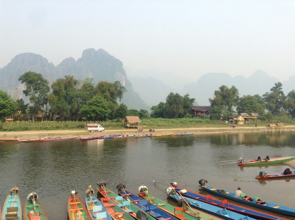 Nam Song River 2 vang vieng travel blog vang vieng review
