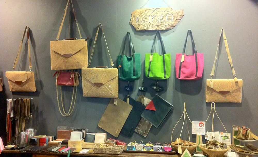 guate leather chatuchak market in bangkok thailand1 best shops in chatuchak market chatuchak shopping blog