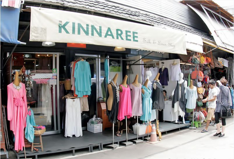 kinnaree silk and linen chatuchak market-the endless market of Bangkok thailand1