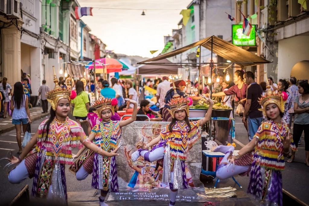 phuket-weekend-market-9