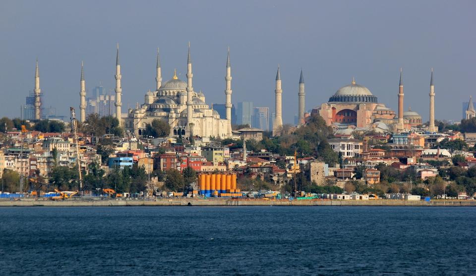 Istanbul_Hagia_Sophia_Sultanahmed