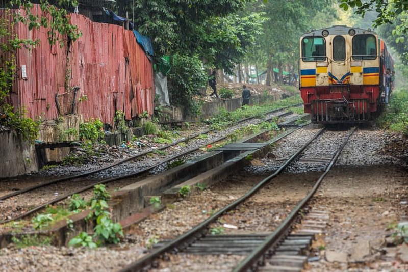 yangon-circle-line-train3