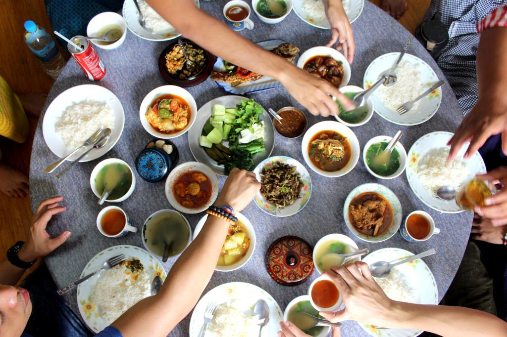 Foods in Aung Thukha