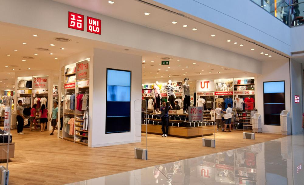 Mega-Bangna-shopping-14