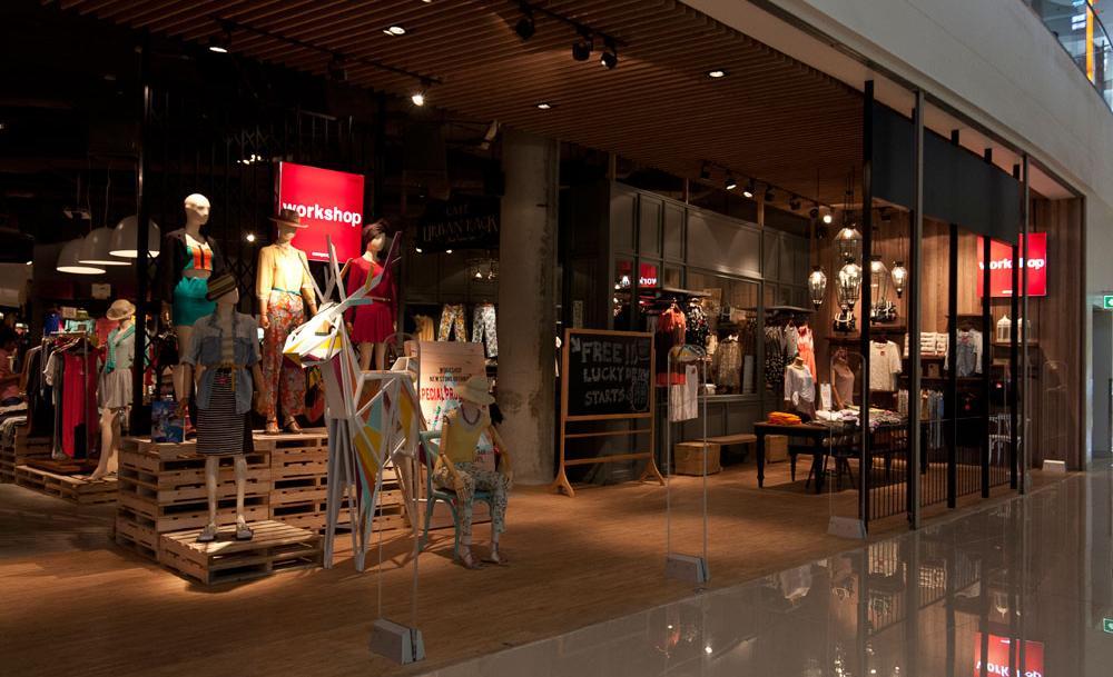 Mega-Bangna-shopping-5