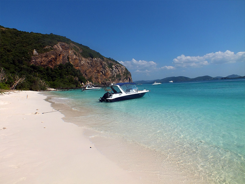 Koh Kram Yai 2 best islands near bangkok beautiful islands near bangkok islands near bangkok for honeymoon