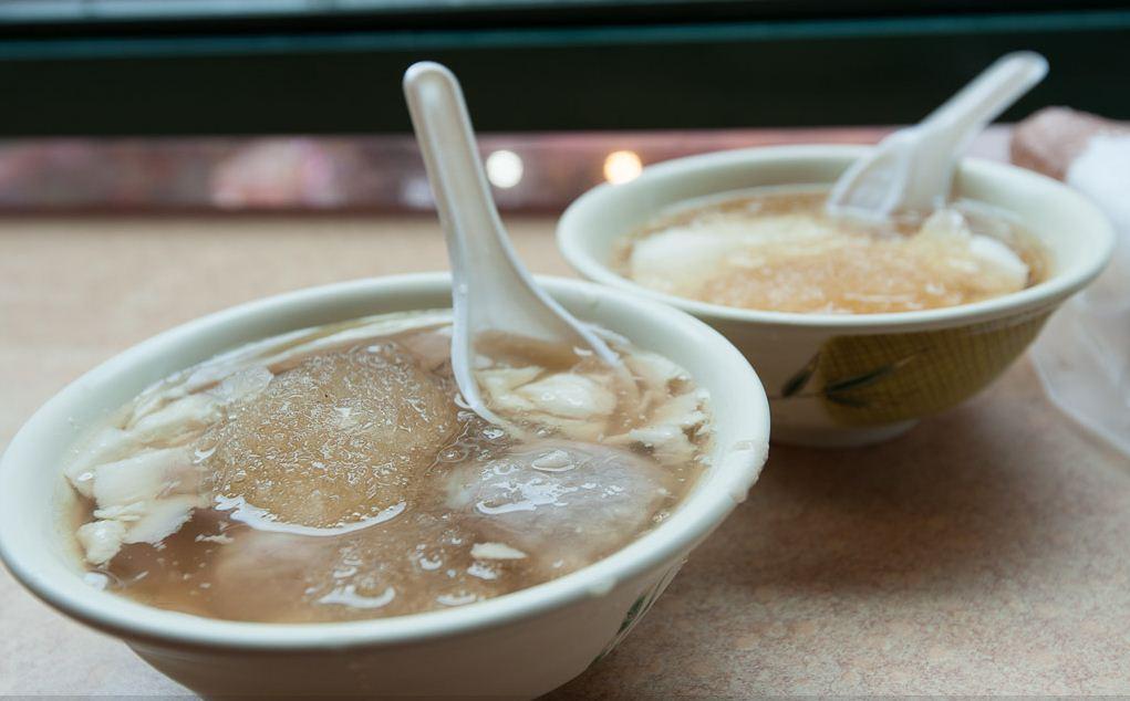Douhua (tofu pudding) in Taipei, Taiwan