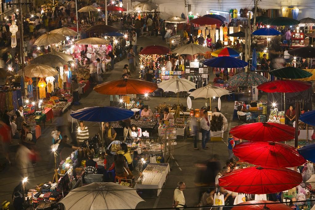 Night Bazaar area of chiangmai where to stay in chiang mai best place to stay in chiang mai best area to stay in chiang mai