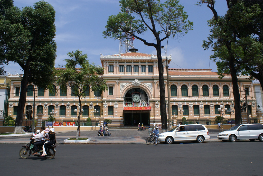 Sai Gon Central Post Office 3