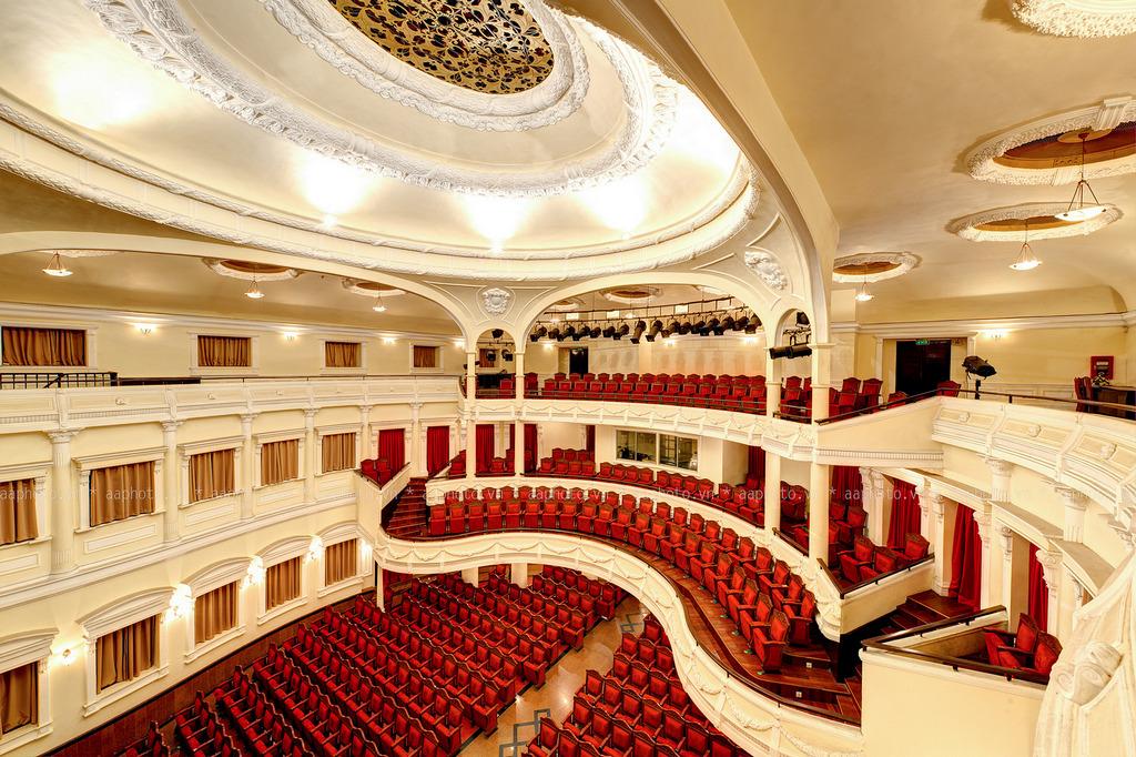 Sai Gon Opera House 4