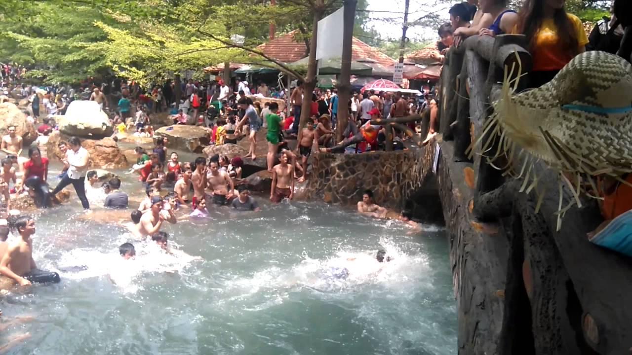 Thuy Chau artificial spring 1