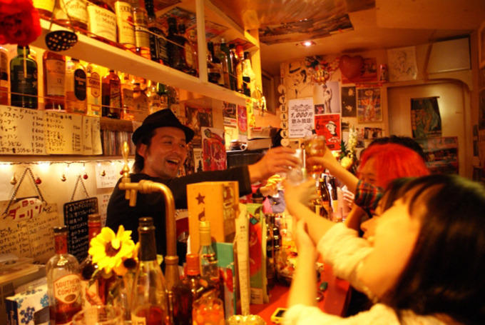 bar darling golden gai 23