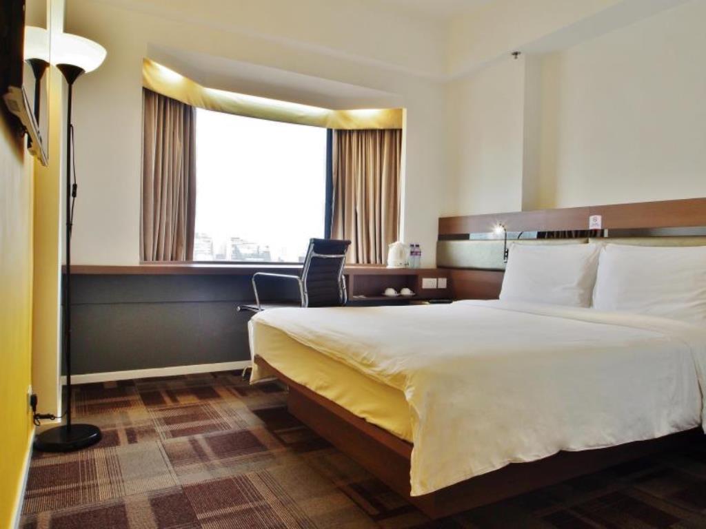 Rainbow-Hotel-Hong-Kong