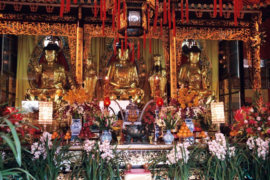 Po+Lin+Monastery+Shrine+Hall+of+Buddha+Three+Buddhas+11
