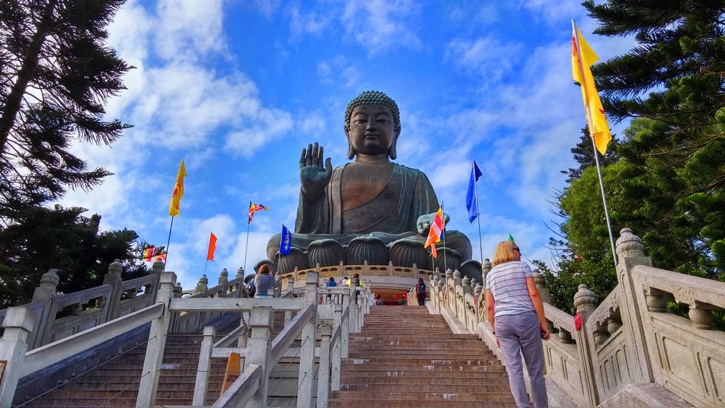 big-buddha-statue-ngong-ping-hong-kong2