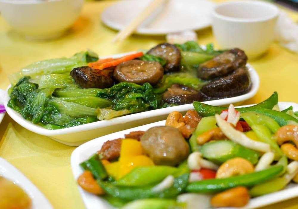 vegetarian-meal-po-lin-monastery-ngong-ping-hong-kong