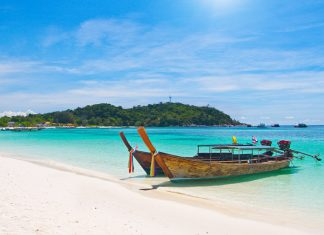longtail boats pattaya beach
