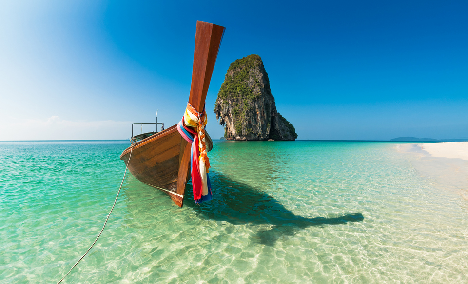 pattaya boat beach