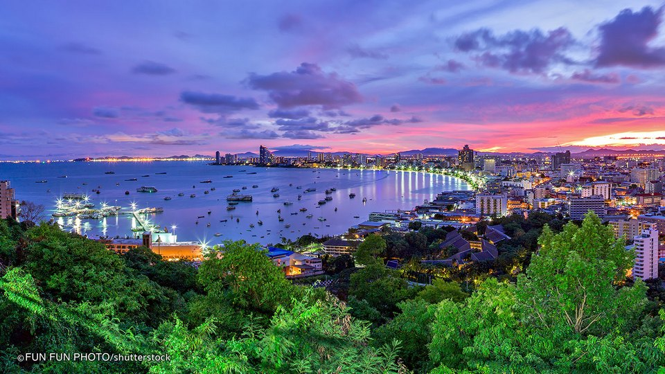 how to visit thailand on a budget