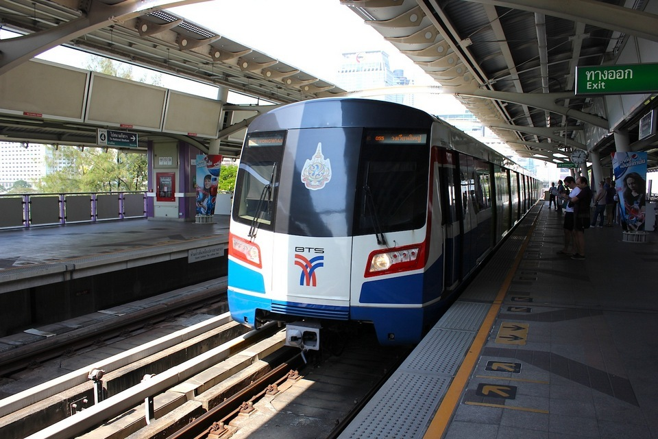 train from don muang airport to pattaya pattaya travel guide pattaya trip cost pattaya things to do
