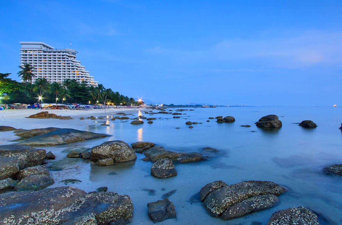 Hua Hin Beach Overview