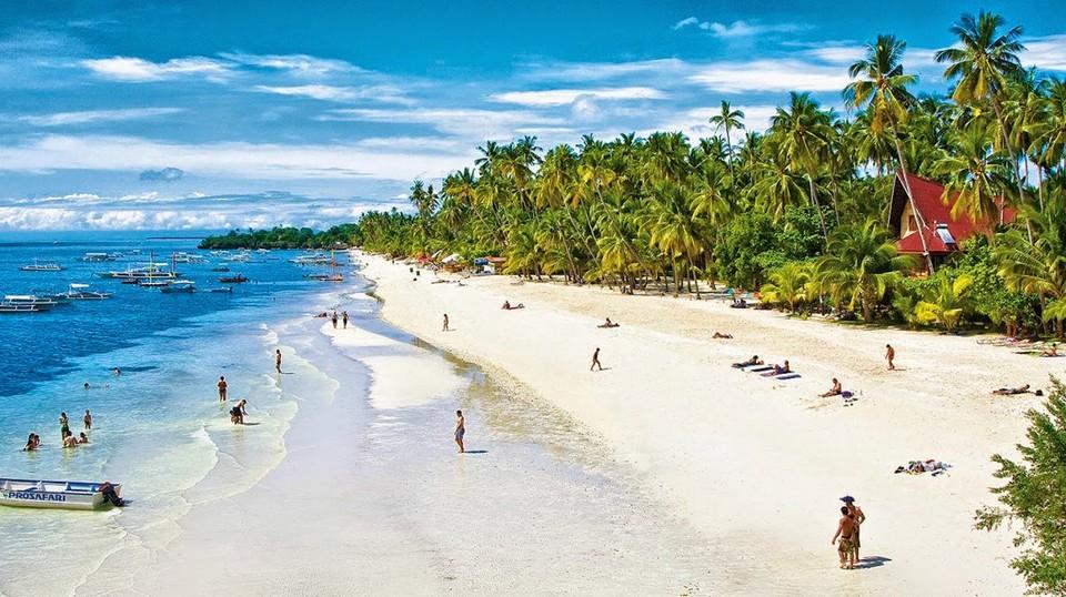Alona Beach1 bohol travel blog bohol travel guide bohol activities things to do in bohol island