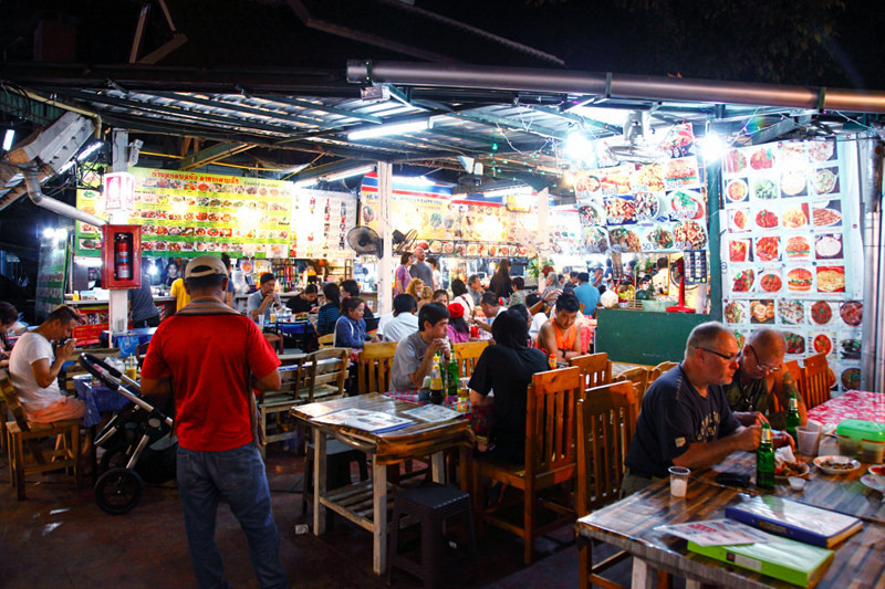 Anusarn Food Court-chiangmai-thailand2 chiang mai night bazaar restaurants what to eat at chiang mai night bazaar