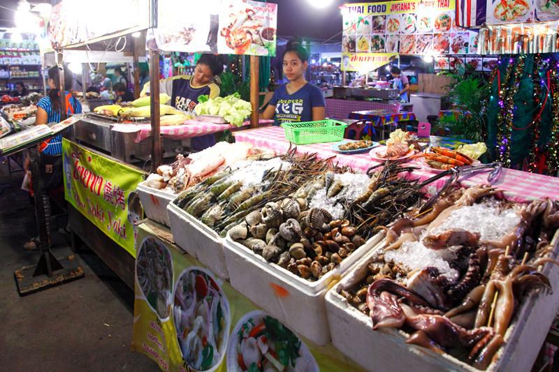 Anusarn Food Court-chiangmai-thailand4