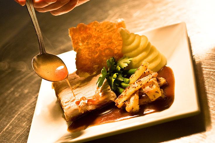 Red Lion-chiangmai-thailand2 chiang mai night bazaar restaurants what to eat at chiang mai night bazaar