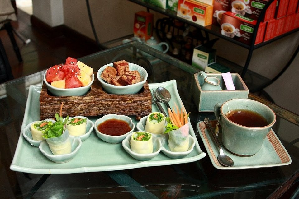 raming-teahouse-chiangmai-thailand5 chiang mai night bazaar restaurants what to eat at chiang mai night bazaar