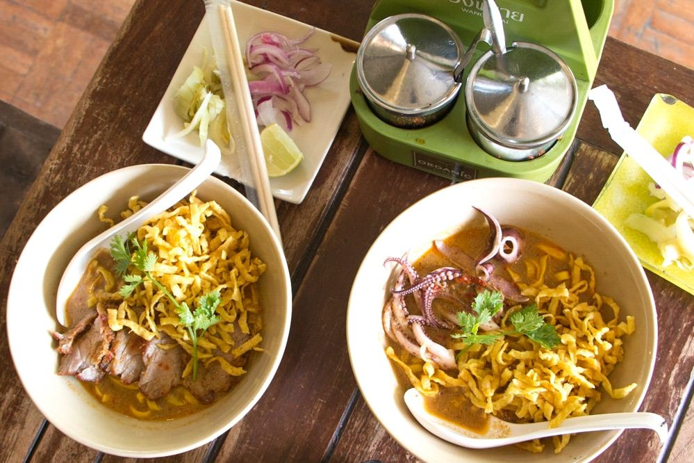 chiang mai night bazaar restaurants blog