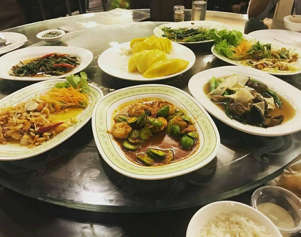 foods-leng-kee-restaurant-pattaya-tours2