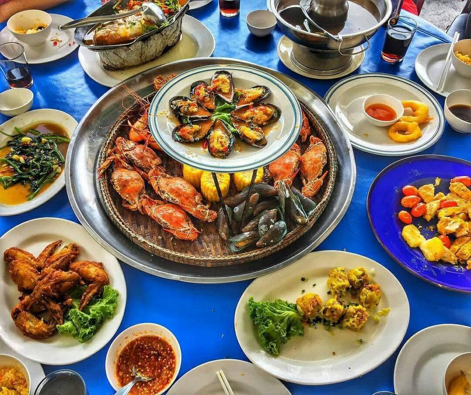 foods-rim-talay-restaurant-pattaya-tours2