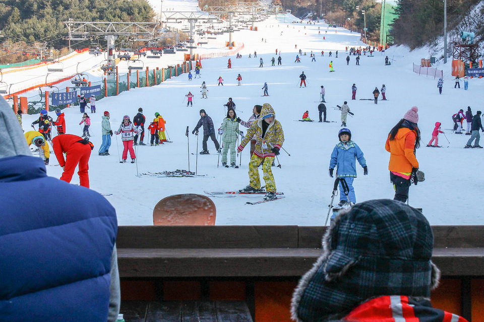 skiing-in-winter-korea3