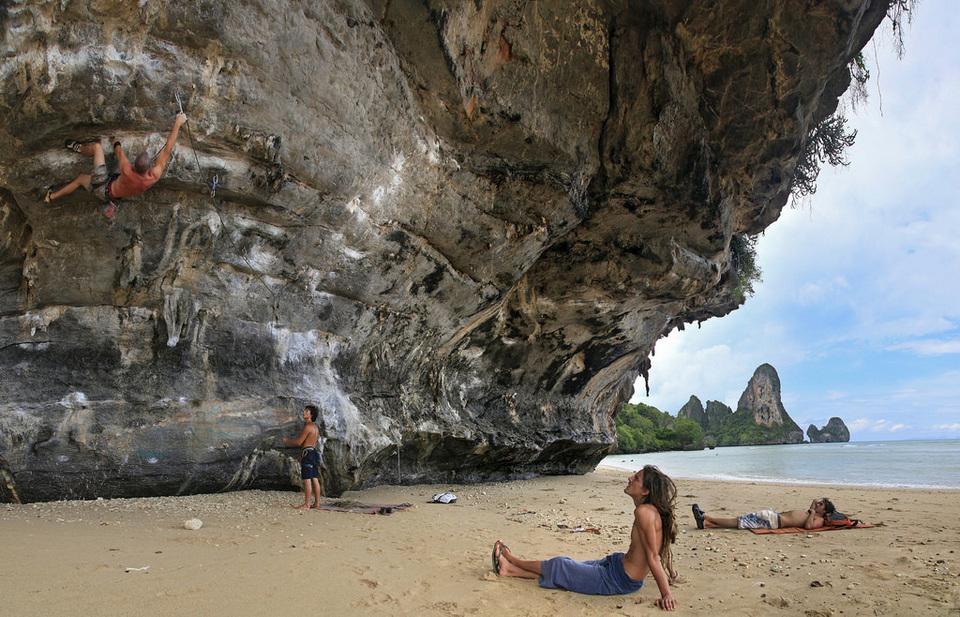 Tonsai beach-thailand1