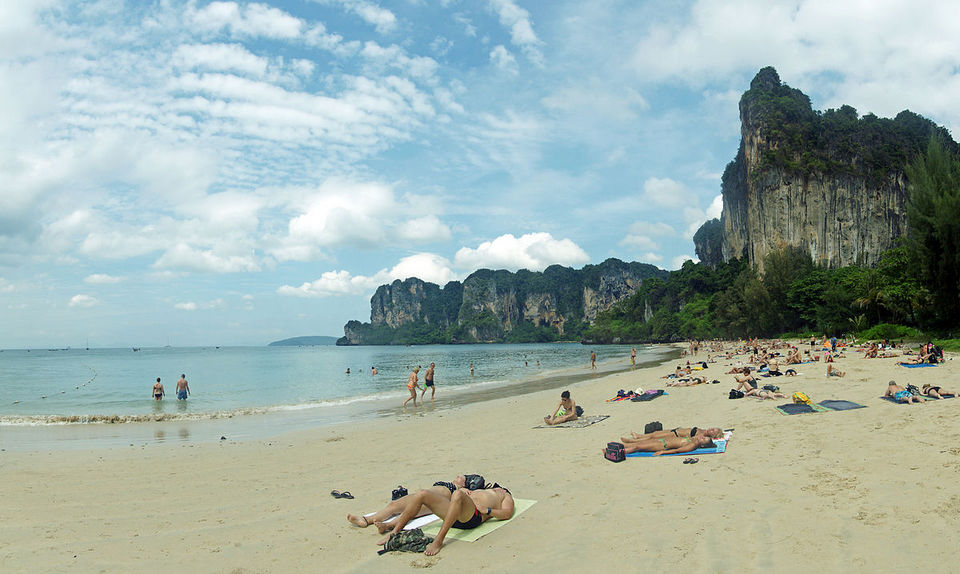 swimming in railay beach