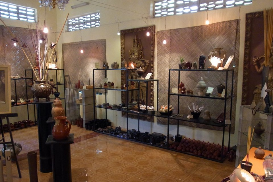 Khmer Ceramic Center 6