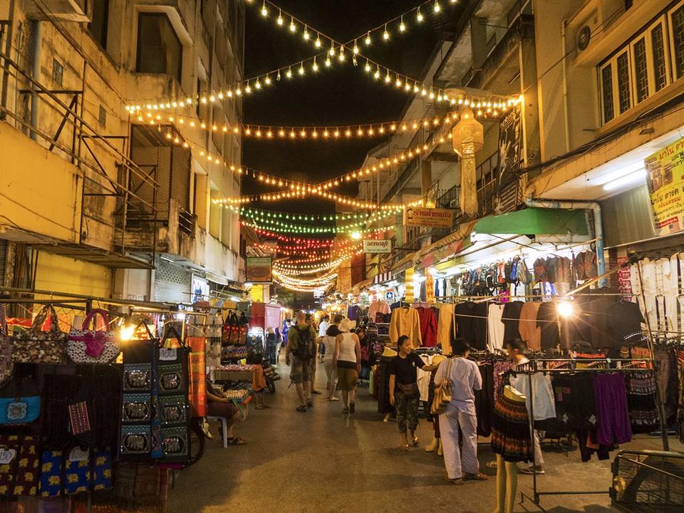 Chiang Rai-night market chiang rai travel blog chiang rai province chiang rai travel guide chiang rai places to visit