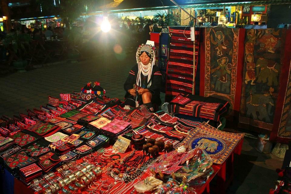 Chiang Rai-night market1