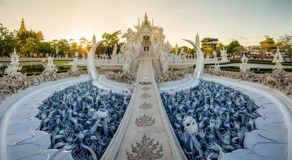 Wat Rong Khun-chiang rai3