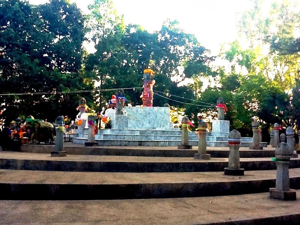 the navel city pillar of chiang rai-thailand chiang rai travel blog chiang rai province chiang rai travel guide chiang rai places to visit
