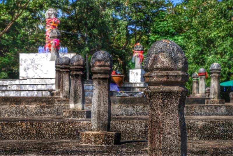 the navel city pillar of chiang rai-thailand1